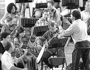 Дирижер Риккардо Мути и Национальный оркестр Франции