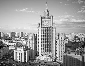 Россия в ответ на высылку российских дипломатов выдворяет молдавских и эстонских