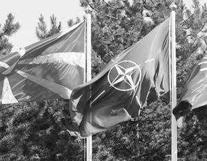 Через принятие в НАТО кусков бывшей Югославии Россию выдавливают с Балкан