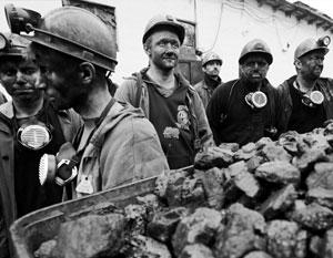 Из-за устроенной Киевом блокады ряд шахт в ДНР сократили график, шахтеры вынуждены трудиться неофициально