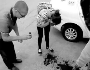 Умывание зеленкой нерадивых клиентов – «ноу-хау», которое хабаровский таксист «взял из интернета»