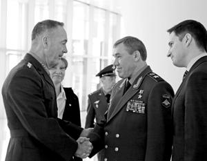 В уходящем году – впервые после Крыма – смогли встретиться начальники генштабов США и РФ Джозеф Данфорд и Валерий Герасимов