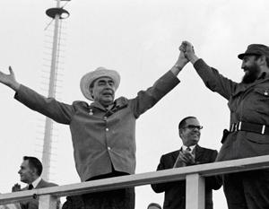 Брежнев в гостях у Кастро в 1974 году