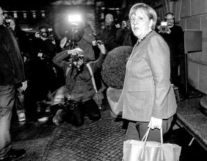 Ангеле Меркель предстоит выбор из двух рискованных вариантов