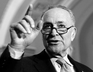 Представитель демократов в сенате США Чарльз Шумер выступил с требованиями в связи с визитом глав российских спецслужб в Вашингтон