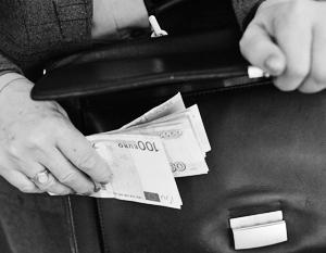 Раскрыты истории 16 бизнесменов-мошенников, мечтающих снова ступить на российскую землю