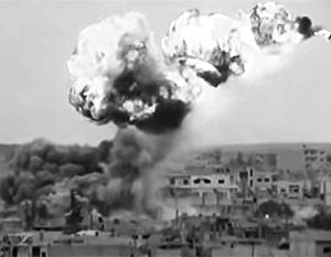Американские ВВС перебили не менее ста проправительственных ополченцев в Сирии