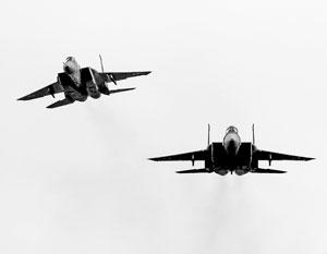 Два израильских истребителя неожиданно для всех атаковали авиабазу в Сирии
