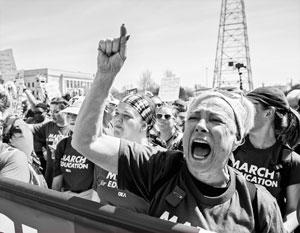 Средний класс США понимает, что массовые забастовки – его последняя надежда вернуть былое процветание
