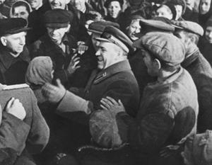 Георгий Жуков в освобожденном Киеве