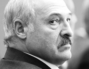 Лукашенко припугнул региональные власти потерей Белоруссией суверенитета
