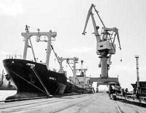 Украинские угрозы российскому судоходству на Черном море трудноосуществимы