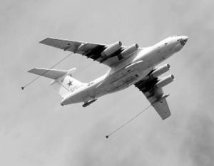 Пока наши ВКС в дальних полётах дозаправляет Ил-78 ещё советского производства