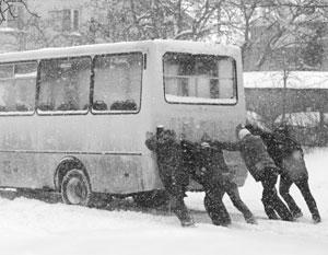 Желающим добраться до России украинцам министр Омелян хочет оставить только убитые автобусы