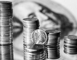 Эксперты рассказали, сколько будут стоить доллар и евро после официального ввода санкций