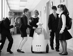 Российская средняя школа вынуждена постоянно меняться, догоняя будущее