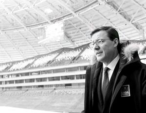 Успешное спасение проекта стадиона «Самара Арена» помогло Дмитрию Азарову выработать план санации экономики всей Самарской области