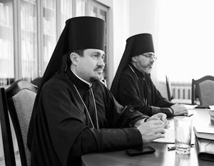 Экзархов на Украине называют цээрушниками и бандеровцами