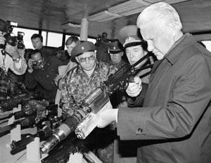 В сентябре 1993-го Борис Ельцин решил силой получить всю полноту власти