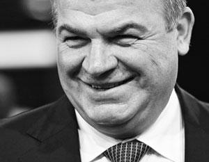 Именно экс-министр обороны Анатолий Сердюков впервые озаботился реорганизацией системы складирования боеприпасов в России