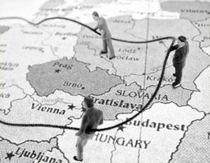 Запад первым занялся перекройкой границ в Европе – а теперь цинично упрекает в этом Россию
