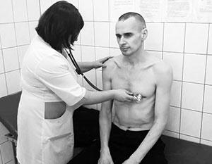 Сообщения о выходе Сенцова из 144-дневной голодовки подвергли сомнению