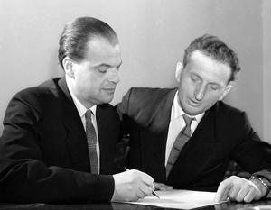Николай Басов и Александр Прохоров - основоположники квантовой электроники и лауреаты Нобелевской премии по физике 1964 года