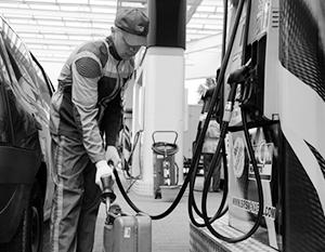 Без России бензин на Украине был бы еще дороже