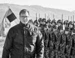 Президент Сербии Александр Вучич и сербские солдаты