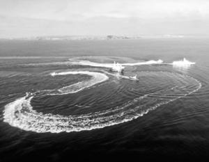 Бронекатера «Бердянск» и «Никополь» и морской буксир «Яны Капу» зашли во временно закрытую акваторию территориального моря РФ