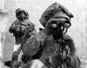 Израильский спецназ не всегда работает в подобном обмундировании – порой бойцы переодеваются в арабов