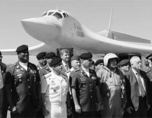 Эксперты видят в полете Ту-160 отработку боевых задач на удаленной территории