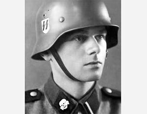 Так выглядел шеврон дивизии СС «Мертвая голова»
