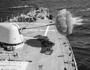 После сворачивания программ разработки рельсотрона американцы решили использовать его снаряды в обычной артиллерии