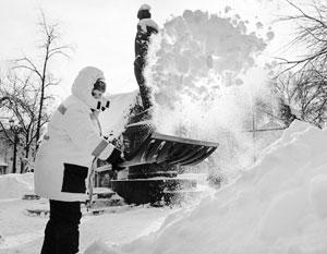 Чистый снег – редкость на улицах Москвы