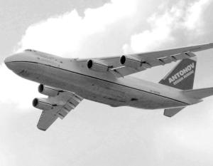 Россия и Украина продолжают мечтать об общем детище – самолетах Ан-124