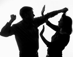 19% россиян считают вполне допустимым применение физического насилия к детям и женам