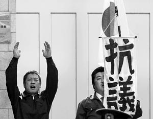 Япония уже давно настаивает на том, что за «северные территории»  требуются еще и компенсации