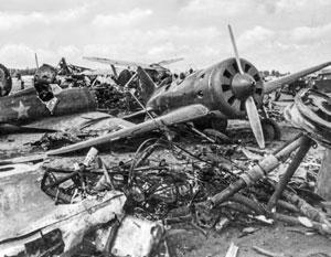 На первый год войны пришлось более половины всех человеческих потерь