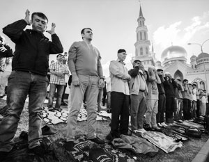 В Москве живут сотни тысяч мусульман, но на весь мегаполис – всего несколько мечетей