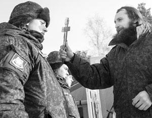 Российские священники, как правило, сами в свое время отслужили срочную службу