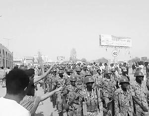 Военный переворот пользуется неподдельной поддержкой граждан, во всяком случае, жителей столицы