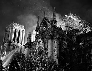 Пожарным удалось спасти значительную часть собора