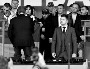 Вряд ли примитивные театральные трюки Порошенко и Зеленского смогут повлиять на расклад голосов