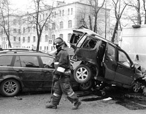 Российские шоферы рискуют оказаться зажатыми в тиски между ГИБДД и местными властями