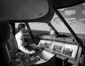«Практическая подготовка идет на тренажерах, на самолете очень мало тренировок», – сетует Виктор Долбилов