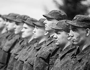 Сержанты в армии есть. Но главных сержантов нет