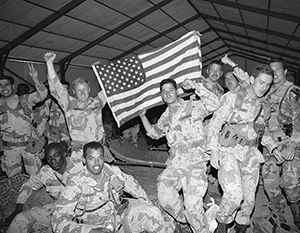 Американцы любят свою армию - вот только армия не всегда отвечает им взаимностью