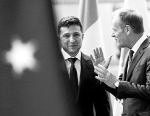 Зеленский вынужден копировать внешнеполитические манеры Порошенко - возможно, сам того не желая
