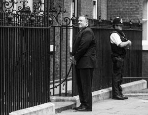 Майк Помпео полагает, что может влиять на избрание британского премьера